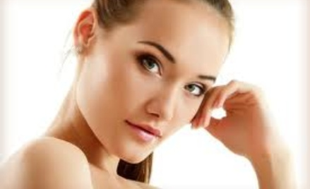 Przeróżne zabiegi dla ciała rekomendowane przez kosmetyczkę.